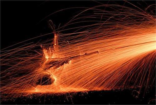 美国商务部长雷蒙多:钢铁关税对美国工业有效