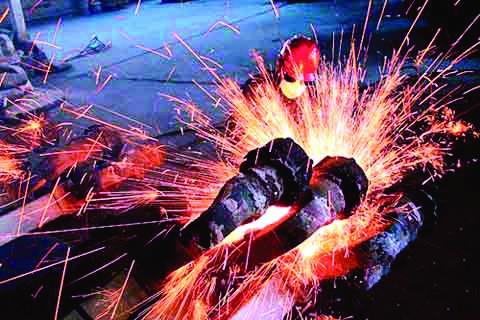 工信部:加快推动钢铁工业迈向高质量发展!