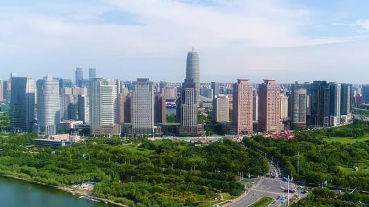 总投资25亿元 东南粤水电500MW集中式农光互补项目落户河南南阳市